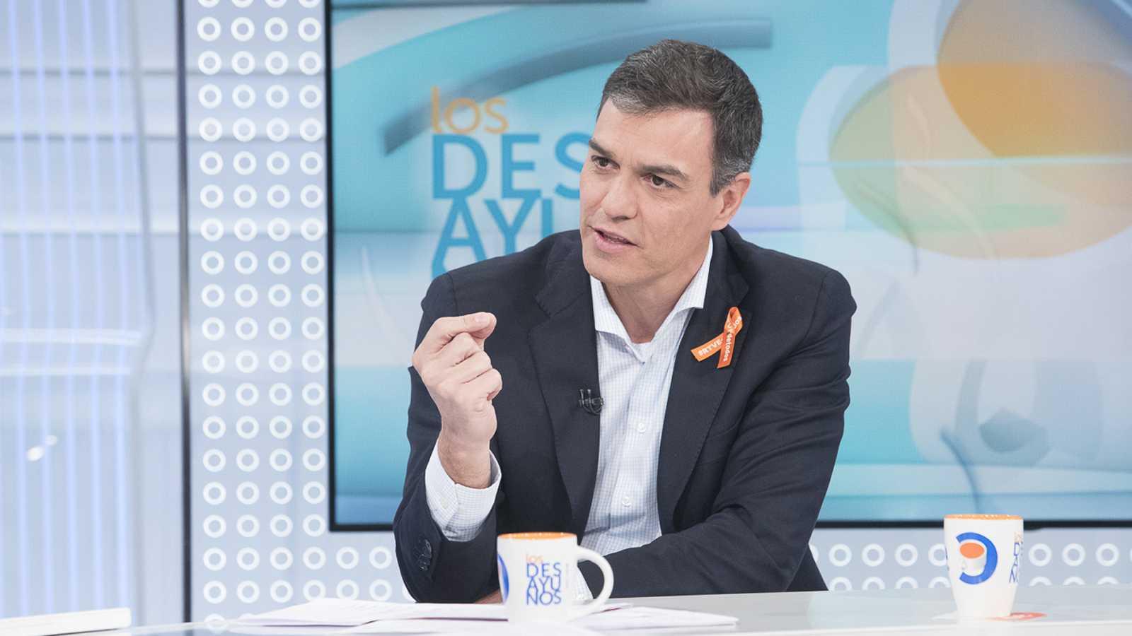 """Sánchez: """"En  días como hoy es difícil continuar confiando en el goboerno para resolver la crisis catalana"""""""
