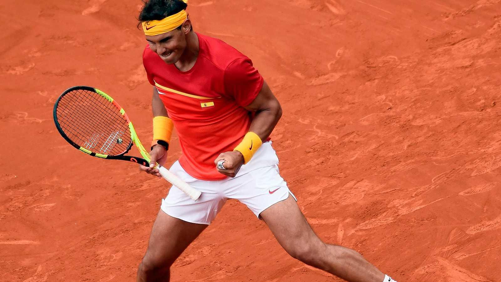 El número uno español superó con claridad a Kohlschreiber (6-2, 6-2 y 6-3), consiguiendo un punto que empata la eliminatoria de cuartos de final de la Copa Davis con Alemania.