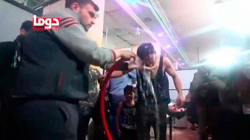 Decenas de muertos en un ataque químico en la ciudad siria de Duma, según una ONG