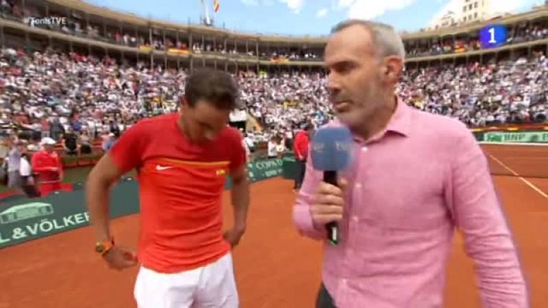 Rafael Nadal devolvió la igualdad a la eliminatoria de cuartos de final de la Copa Davis entre España y Alemania (2-2), tras imponerse en un gran encuentro al número uno germano, Alexander Zverev, por 6-1, 6-4 y 6-4, en 2 horas y 16 minutos de juego.