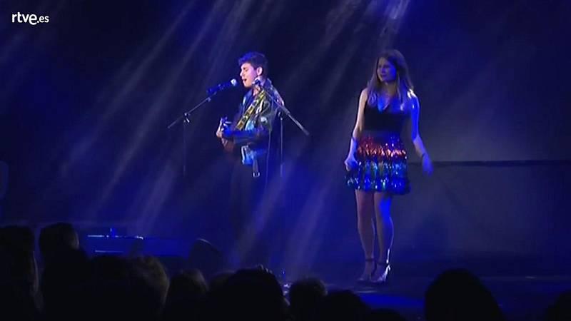 """Eurovisión 2018 - Alfred y Laura Rizzotto interpretan """"Wake me up"""" de Avicii"""