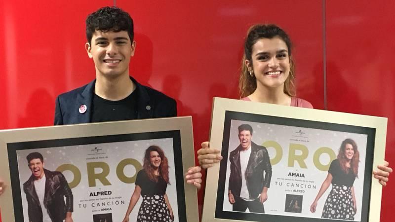 OTVisión - Amaia y Alfred reciben el disco de oro