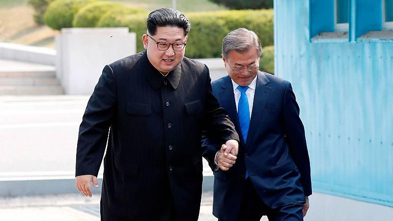 Las dos Coreas se dan la mano después de 65 años de guerra suspendida