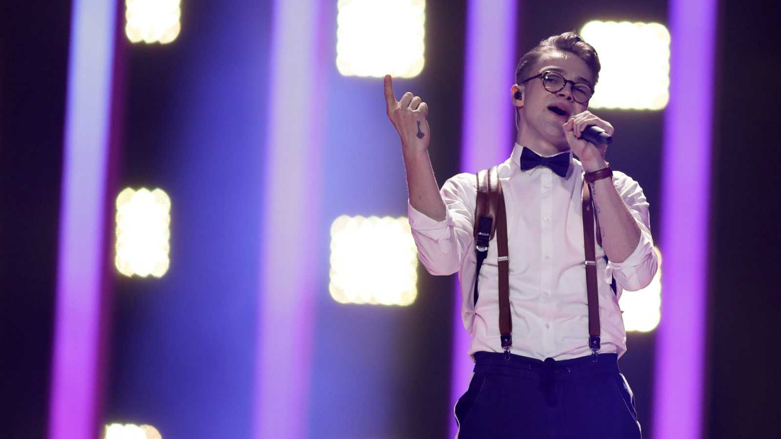 "Eurovisión - República Checa: Mikolas Josef canta ""Lie to me"" en la primera semifinal de Eurovisión 2018"