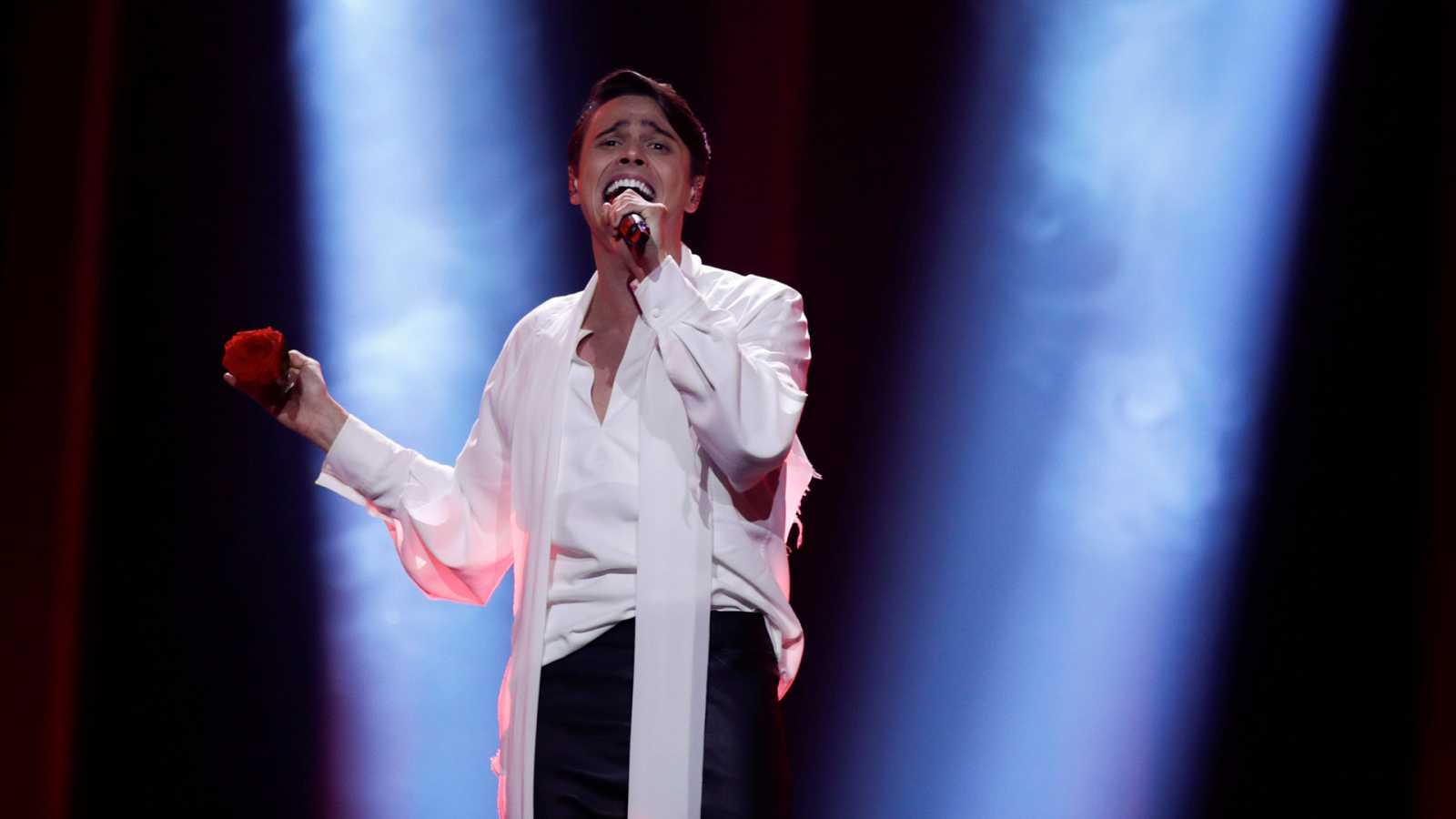 "Eurovisión - Bielorrusia: Alekseev canta ""Forever"" en la primera semifinal de Eurovisión 2018"
