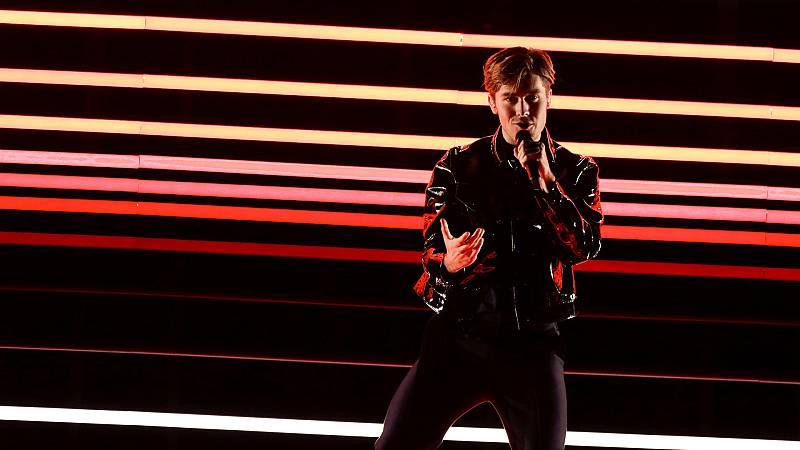 """Eurovisión - Suecia: Benjamin Ingrosso canta """"Dance you off"""" en la segunda semifinal de Eurovisión 2018"""