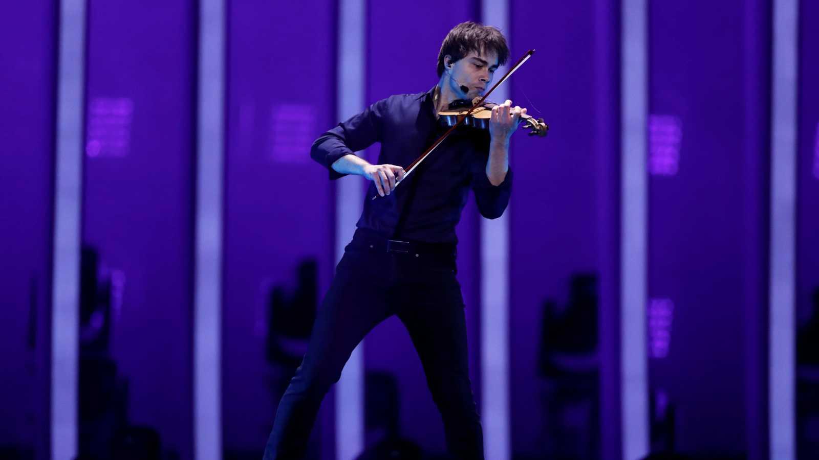 """Eurovisión - Noruega: Rybak canta """"That's how you write a song"""" en la segunda semifinal de Eurovisión 2018"""