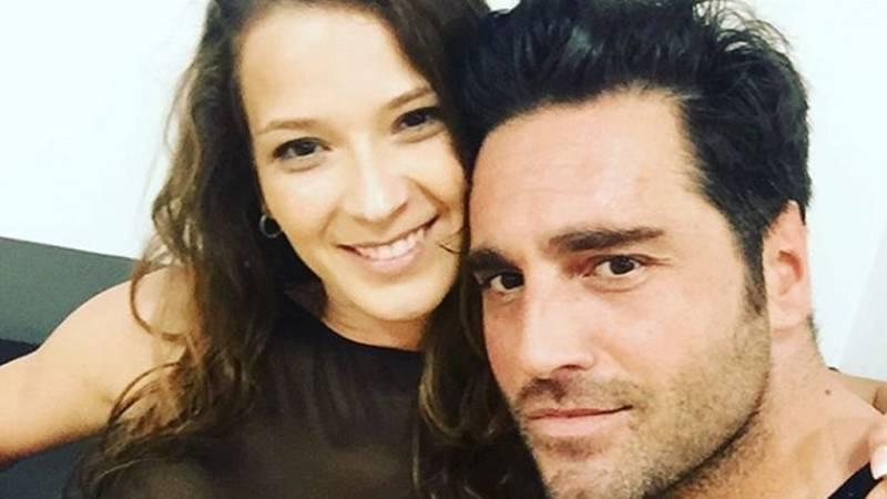 """Corazón - Bustamante sobre la bailarina, Yana Olina: """"Es mi compañera"""""""