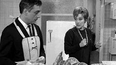 Escuela de matrimonios - ¿Han de lavar los platos los maridos?