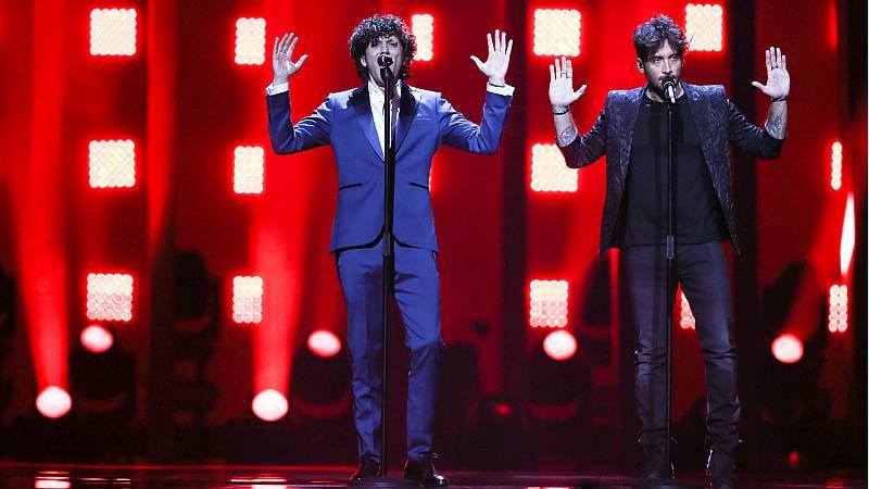 """Eurovisión - Italia: Ermal y Fabrizio cantan """"Non mi avete fatto niente"""" en la final de Eurovisión 2018"""