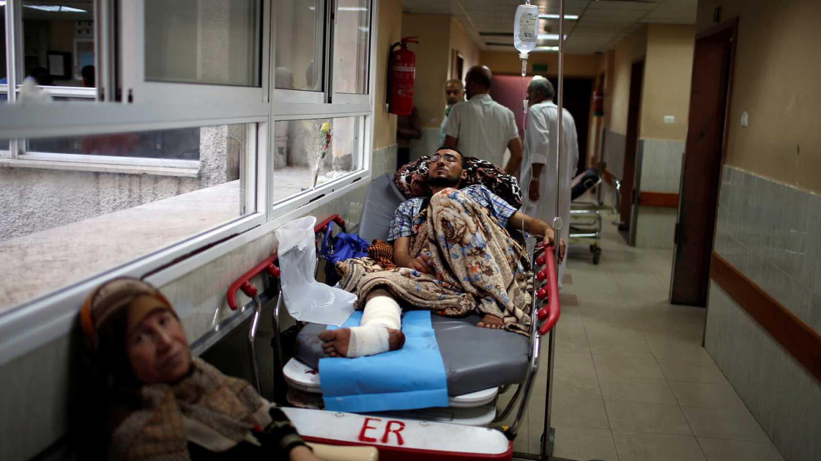 Colapso en los hospitales de Gaza por la afluencia de heridos en las protestas y la falta de recursos