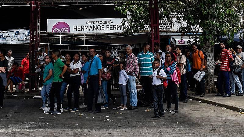 Venezuela cierra campaña en medio de su mayor crisis social y económica
