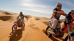 Tribus viajeras - Moteros en el desierto de Marruecos