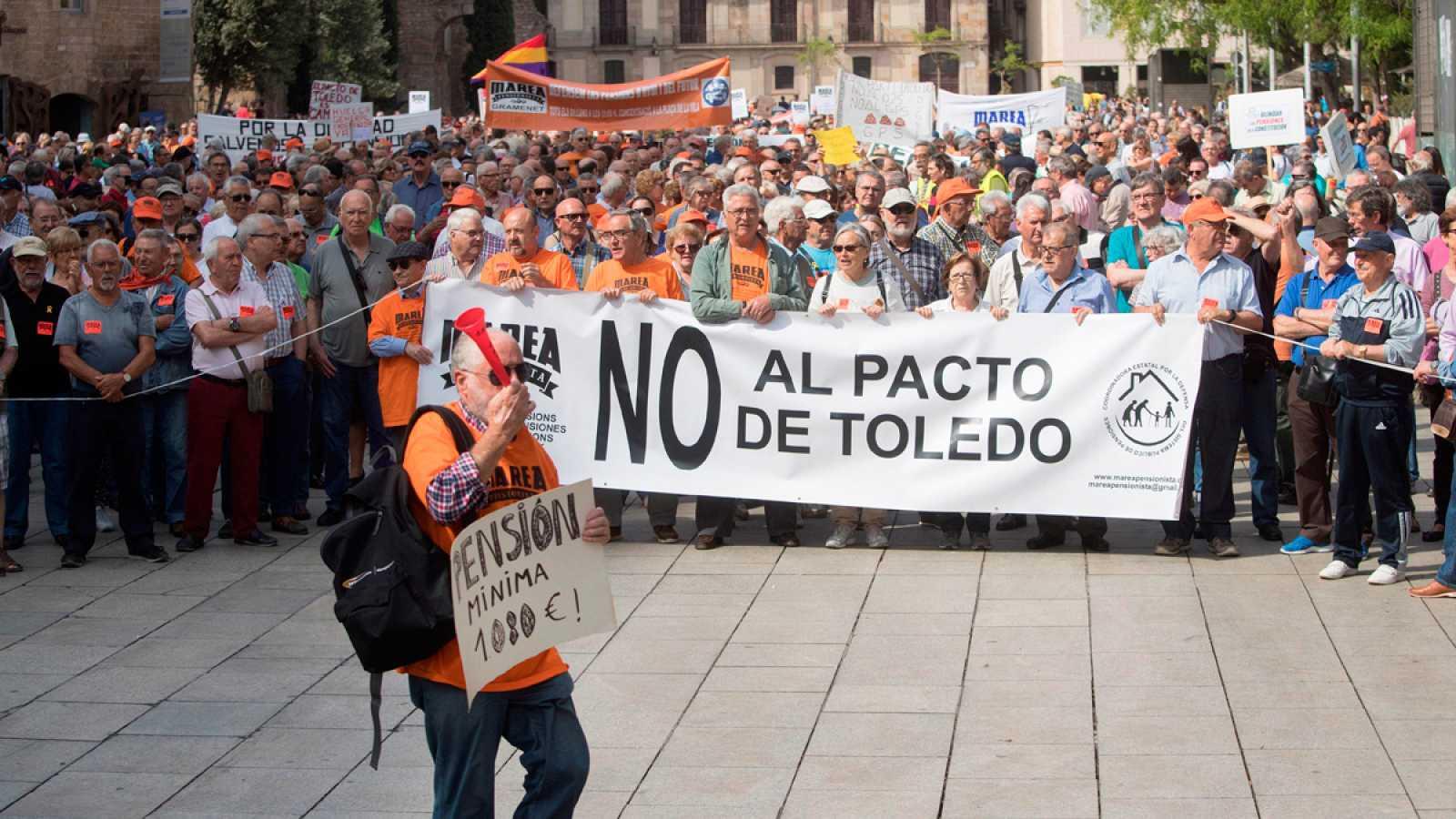 Miles de pensionistas rechazan la subida de las pensiones aprobada en los Presupuestos