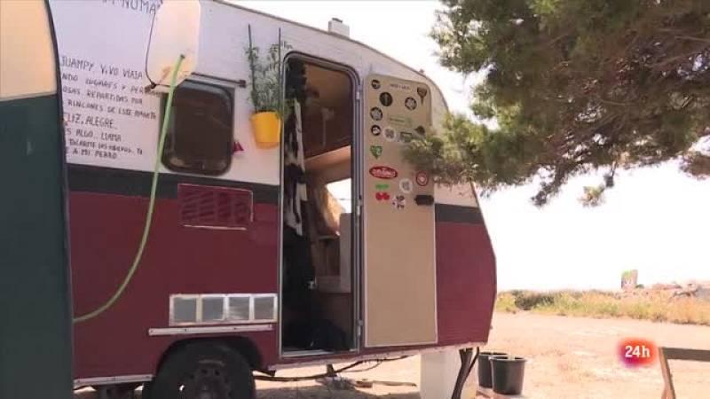 REPOR - Ibiza cuelga el cartel - Juampy lo tendrá más fácil para conseguir empleo porque dispone de un alojamiento