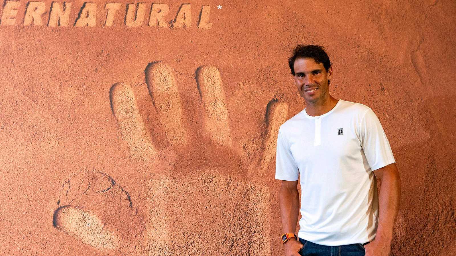 París podrá disfrutar para siempre de las manos de Rafa Nadal, que las ha plasmado en arcilla para el museo Pompidou, tras conquistar su undécimo título en Roland Garros.