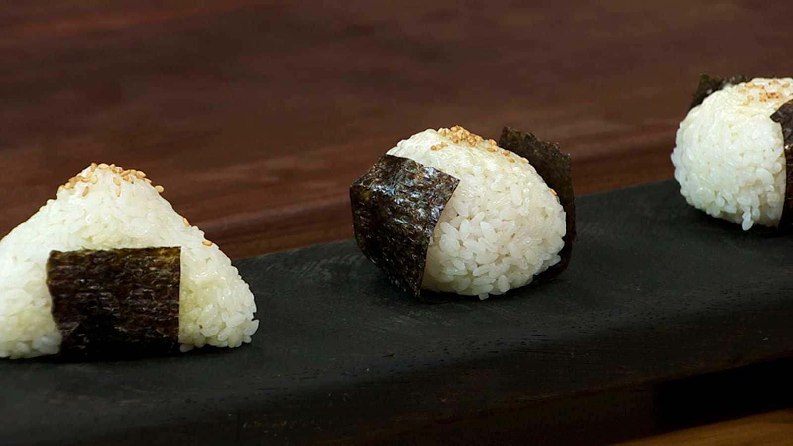 Torres en la cocina - Onigiri de atún