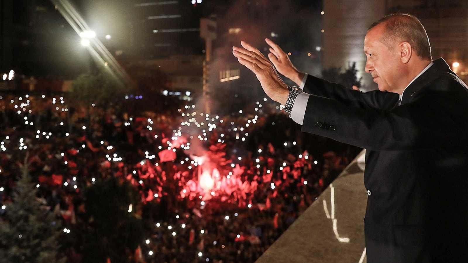 Erdogan revalida la presidencia turca y concentra todos los poderes del país