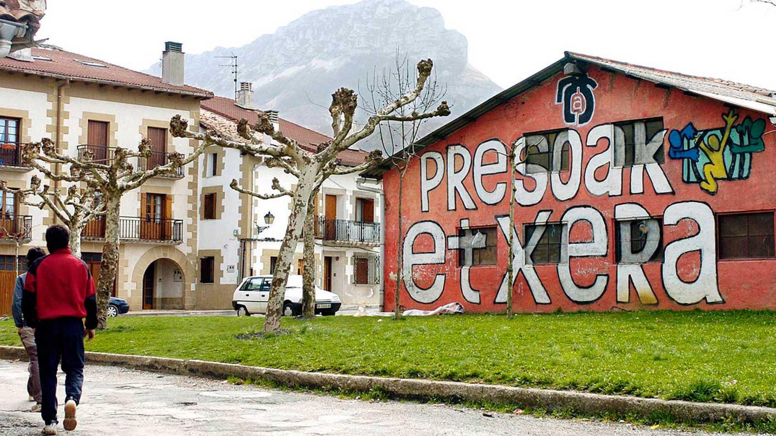 Sánchez pide apoyo al Parlamento para acercar al País Vasco a los presos de ETA
