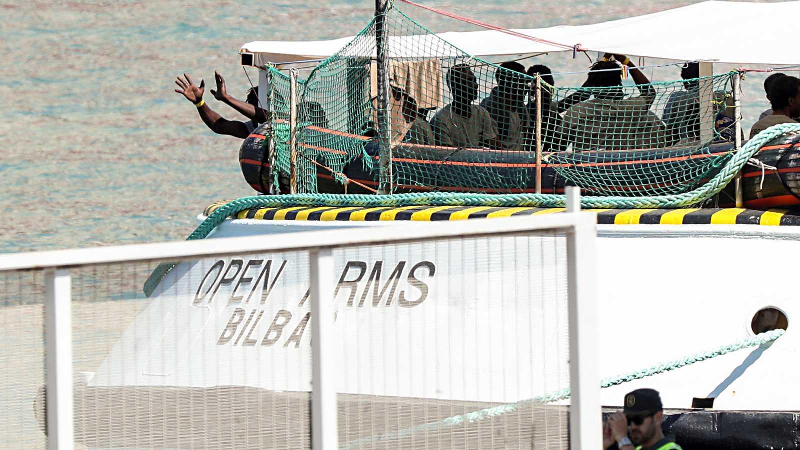 Los migrantes del Open Arms ya están acogidos en Barcelona