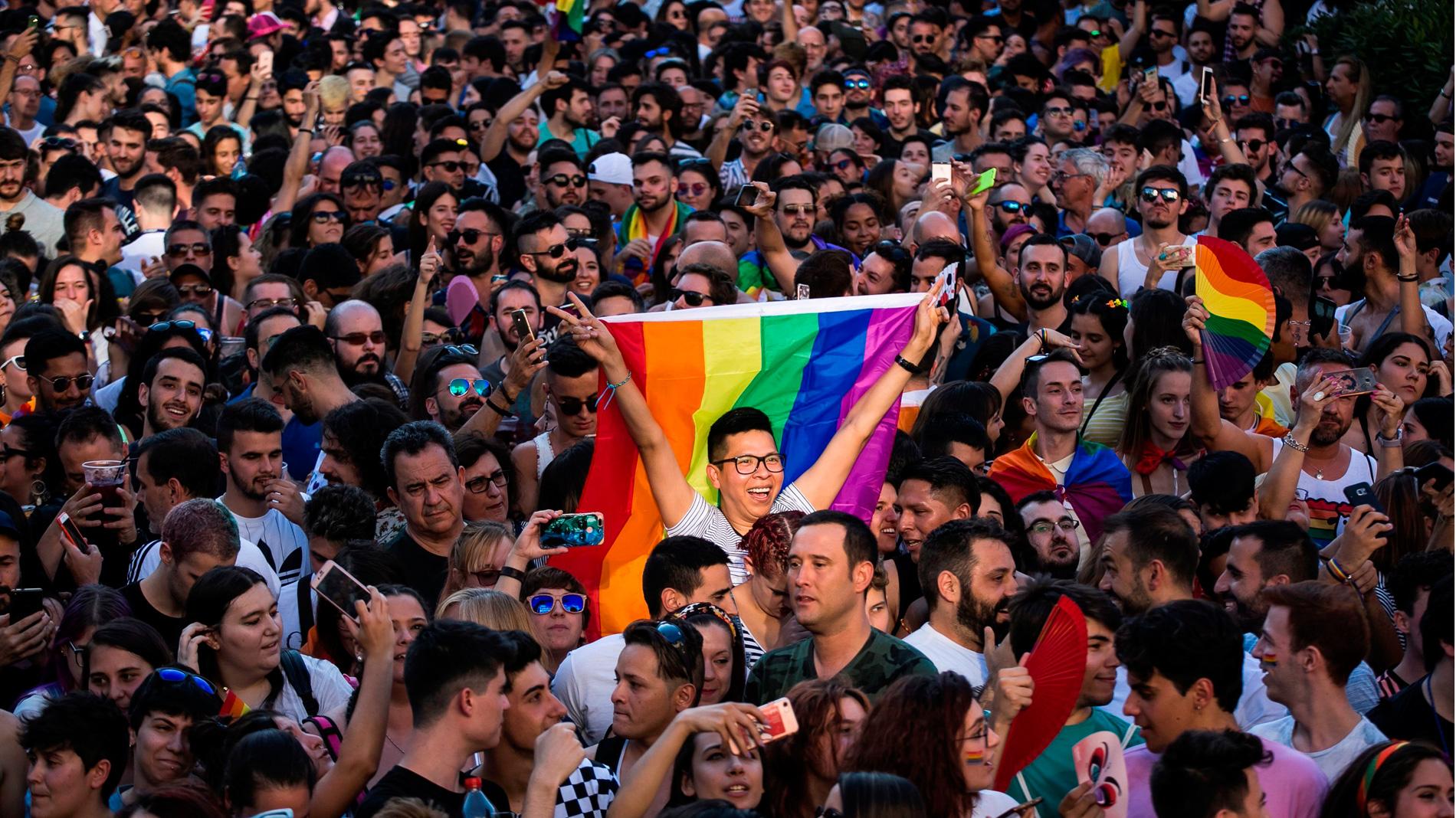 Miles asisten a la Marcha de la Igualdad en Kiev