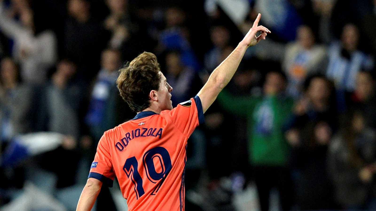 El Real Madrid anunció este jueves el fichaje para las próximas seis temporadas del lateral derecho internacional de 22 años Álvaro Odriozola, procedente de la Real Sociedad.