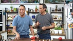 Torres en la cocina - Ensalada de tomate y cerezas. Lomo relleno