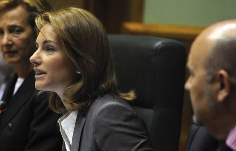 Comienza en el País Vasco el pleno de constitución del Parlamento Vasco, donde se elegirá a Arantza Quiroga como nueva presidenta, tras el acuerdo alcanzado entre el PSE y el PP para que Patxi López sea lehendakari.