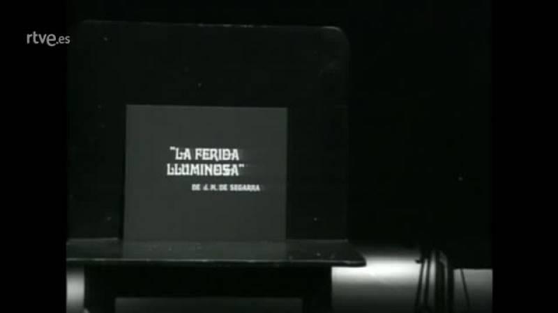 """Historia de TVE - Primera emisión de un programa en catalán: """"La ferida lluminosa"""""""
