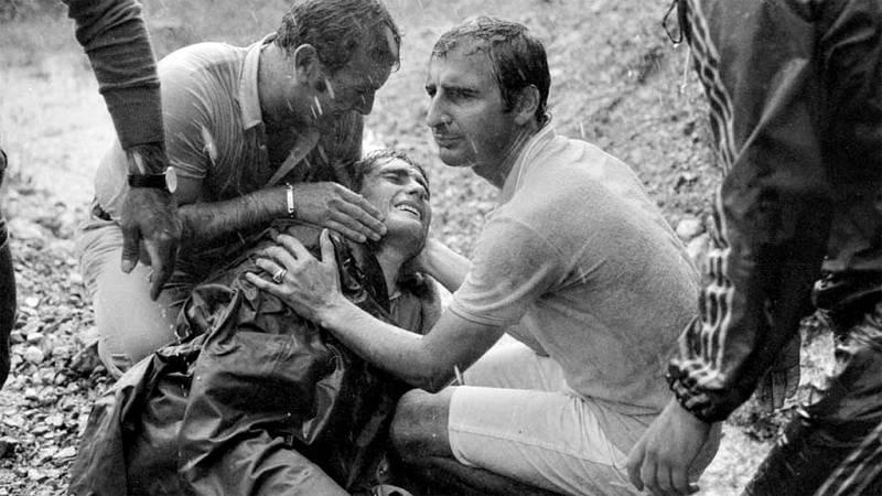 La subida y el descenso del puerto pirenaico será siempre recordada en España por la desafortunada caída que privó al corredor manchego de ganar el Tour de Francia de 1971.
