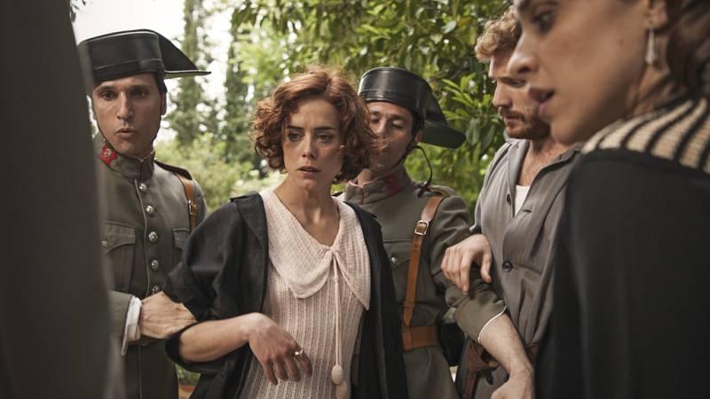 La otra mirada - La policía detiene a Teresa por posible asesinato
