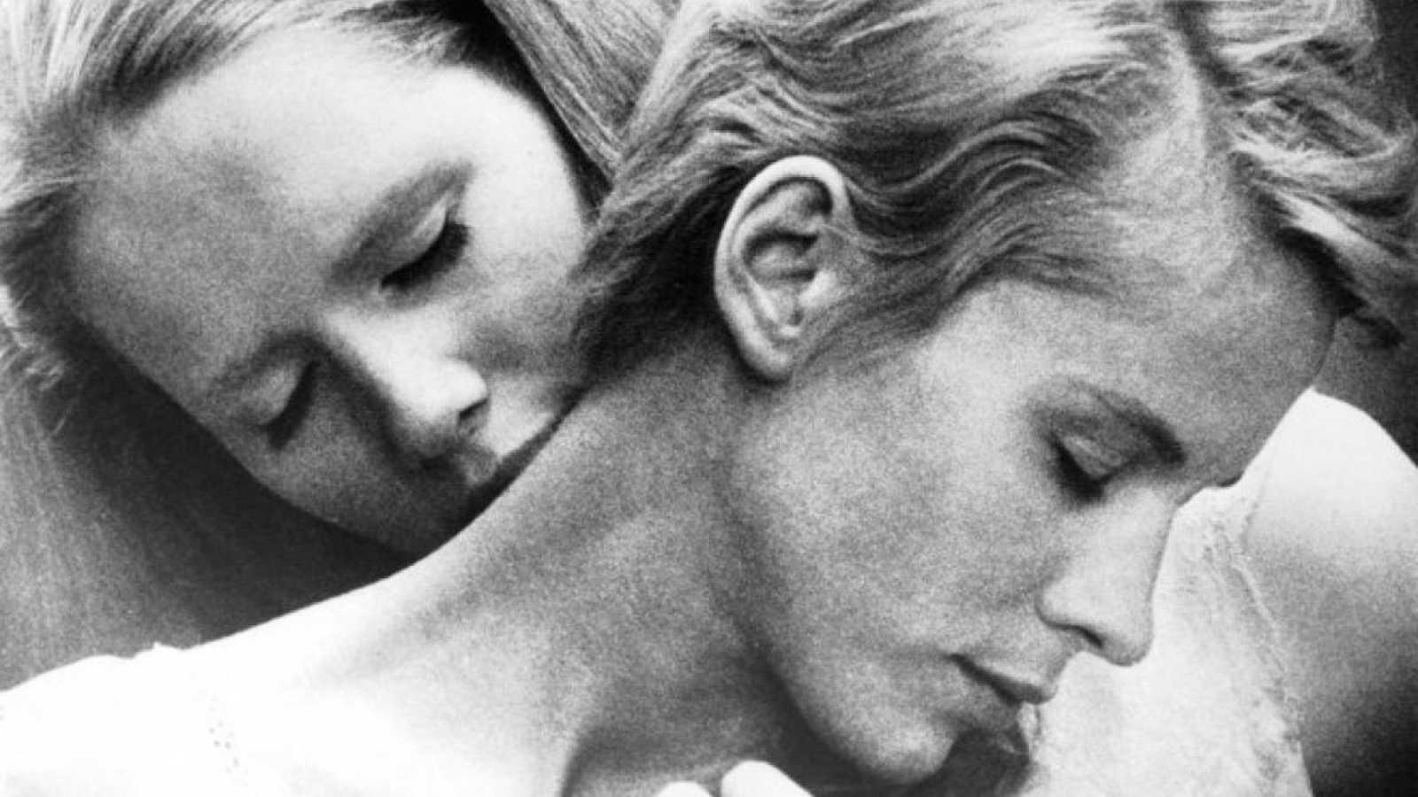 La secuencia de Pedro Almodóvar: 'Persona', de Ingmar Bergman ...
