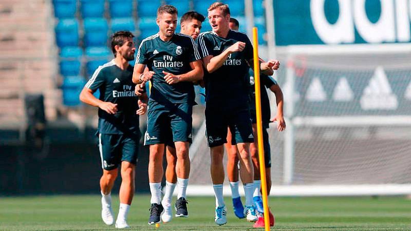 Lucas, Kroos, Asensio y Nacho se han incorporado a la concentración de pretemporada del Real Madrid, que ha tenido la visita de su presidente, Florentino Pérez.