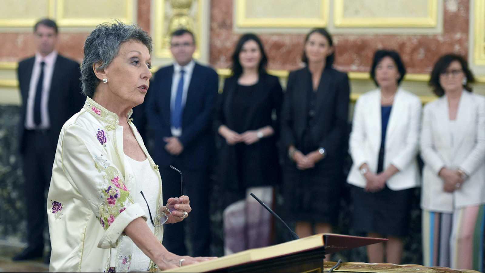 """Rosa María Mateo promete una """"RTVE plural e independiente"""" al asumir el cargo de administradora única provisional"""