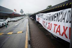 La mañana - La guerra entre taxis y VTCs en 'La Mañana'