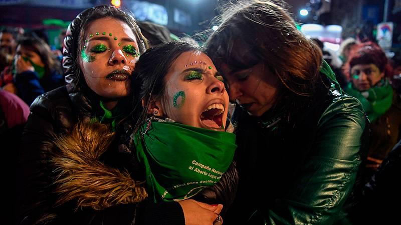 El Senado argentino rechaza despenalizar el aborto hasta la semana 14 de gestación