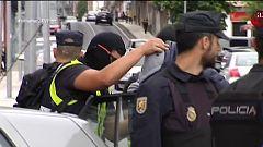 La mañana - Arrestados Manuel Charlín y su hijo en una redada