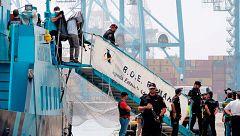 Llega a Canarias el barco con 2,5 toneladas de cocaína incautadas en la operación vinculada a los Charlines