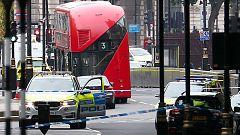 Varios heridos en Londres tras el choque de un vehículo cerca del Parlamento