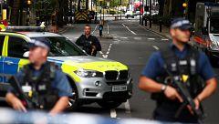 Un atropello investigado como terrorismo deja varios heridos en Londres junto al Parlamento