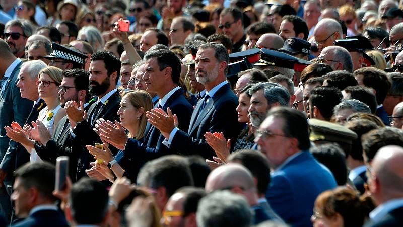 Barcelona recuerda a las víctimas en el primer aniversario de los atentados en Cataluña