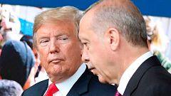 La lira turca resiste frente al dólar pese a que Washington amenaza a Ankara con nuevas sanciones