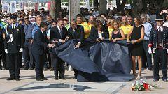 Cambrils homenajea a las víctimas de los atentados un año después