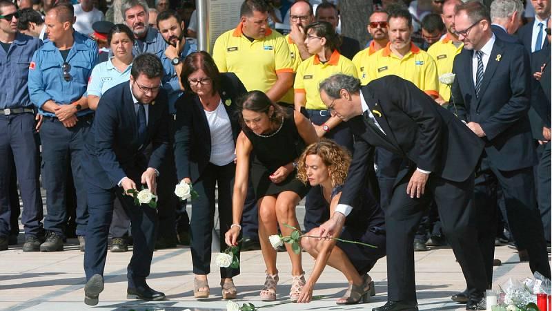Cambrils homenajea a las víctimas de los atentados