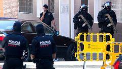 """Los Mossos tratan el ataque a su comisaría de Cornellà como """"atentado terrorista"""""""