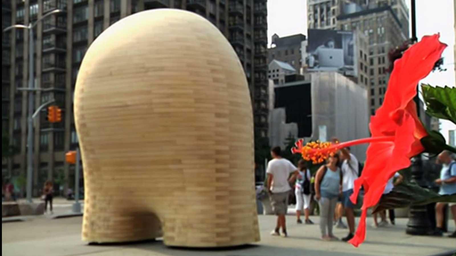 Así es la escultura de 2.700 kilos que expone el español Jorge Palacios en el corazón de Nueva York
