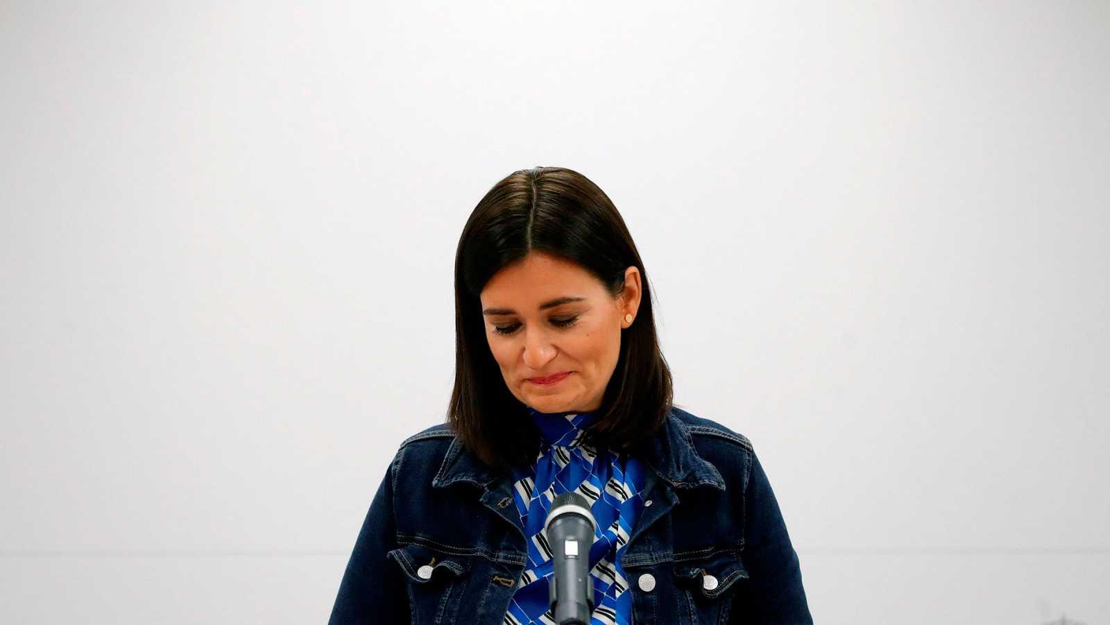 Montón dimite como ministra de Sanidad por su máster para no perjudicar a la labor del Gobierno