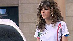 Servir y proteger - Paty pregunta a Pilar sobre su relación con David
