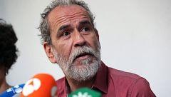 """Willy Toledo queda en libertad provisional tras negarse a declarar y llama a la """"desobediencia civil"""""""