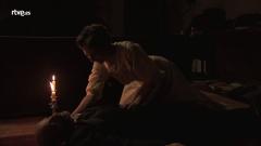 Acacias 38 - Lucía se encuentra a su padrino en el suelo
